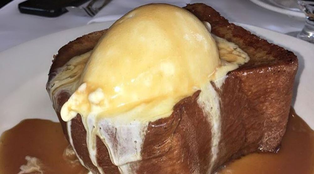 This Montreal restaurant has the french toast of your dreams