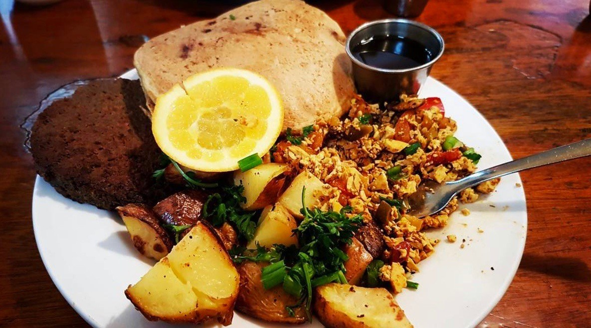 Where to get vegan and vegetarian breakfast in Vancouver