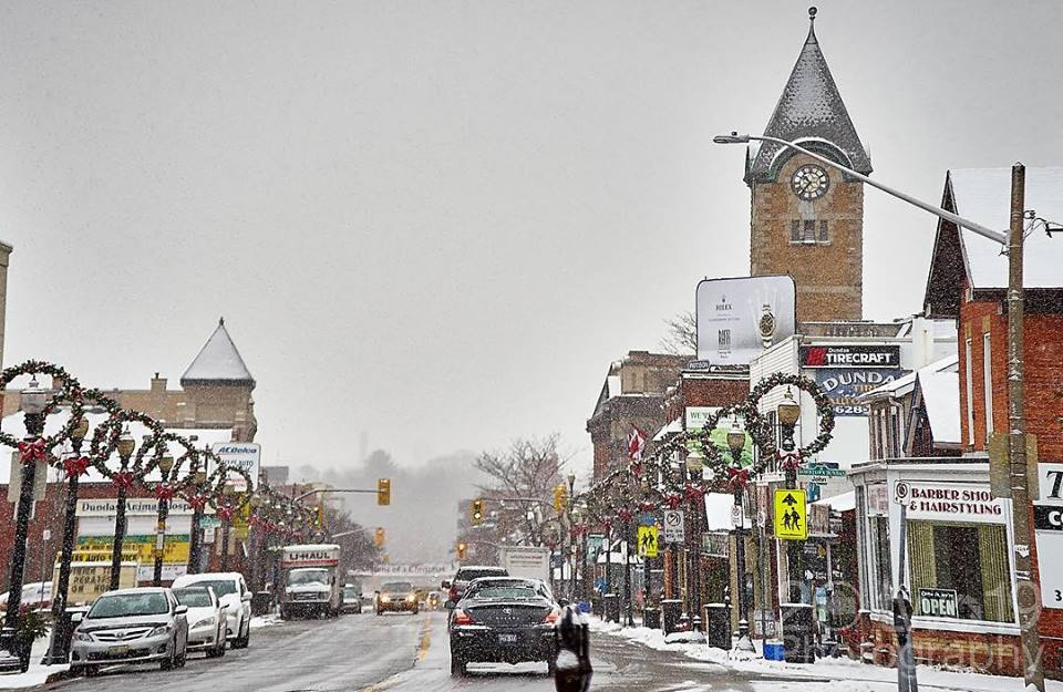 This Ontario Town An Hour From Toronto Is Your Next Winter