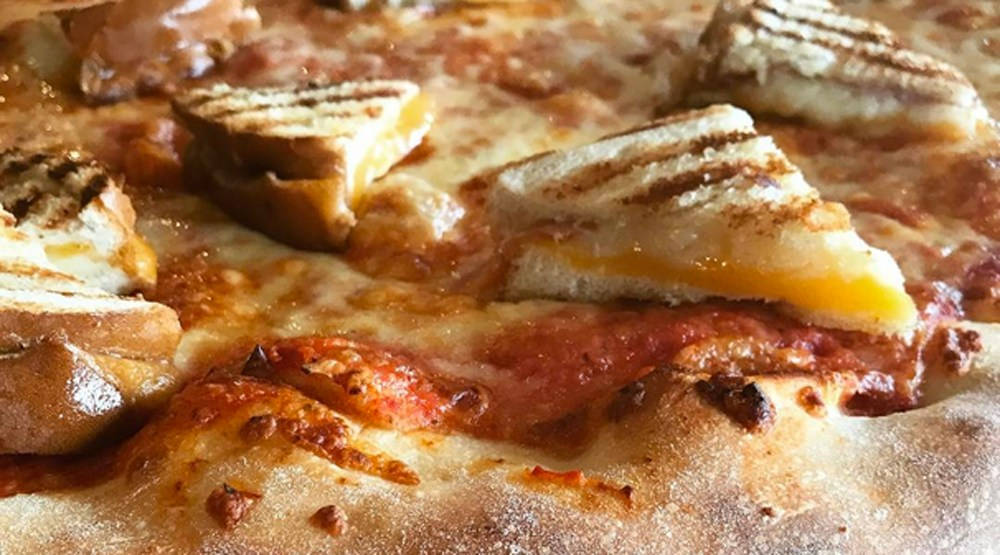 Lamannas grilled cheese pizza