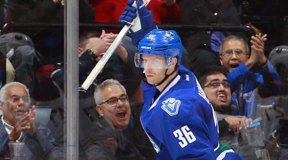 Speculation: Jannik Hansen scratched for Canucks game could mean trade imminent