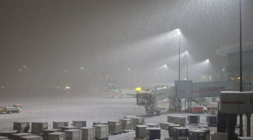 Lightning snowstorm over Richmond, some YVR flights diverted to Seattle