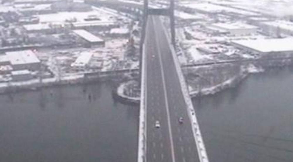 Alex fraser bridge snow snowfall
