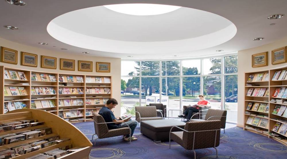 Toronto Public Library launches program allowing users to access light therapy lamps