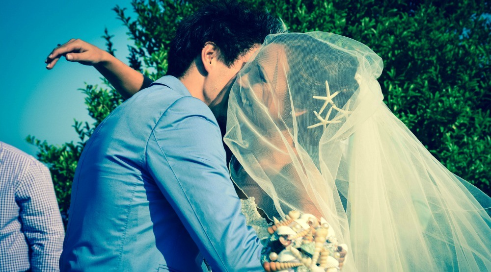6 things everyone forgets to tell you about getting married