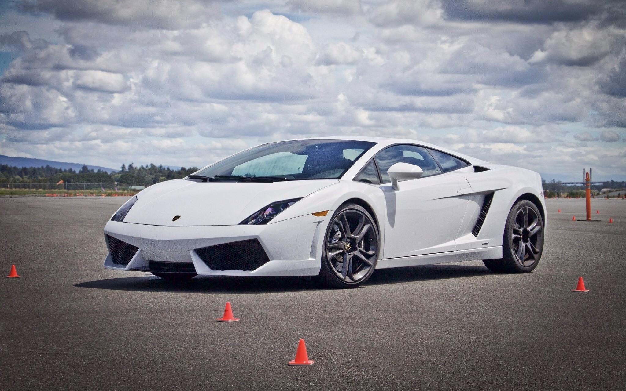 Drive A Lamborghini Gallardo Or Nissan Gt R On An Airplane Runway