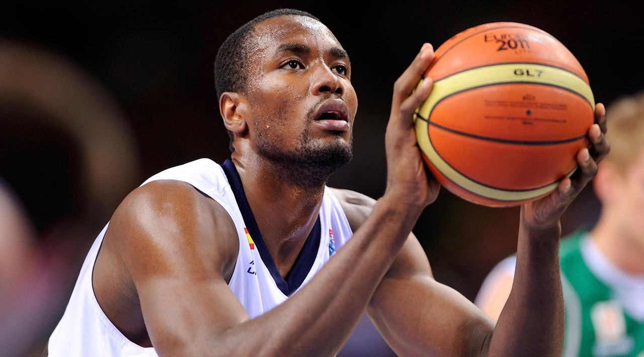 Toronto Raptors acquire Serge Ibaka in blockbuster trade
