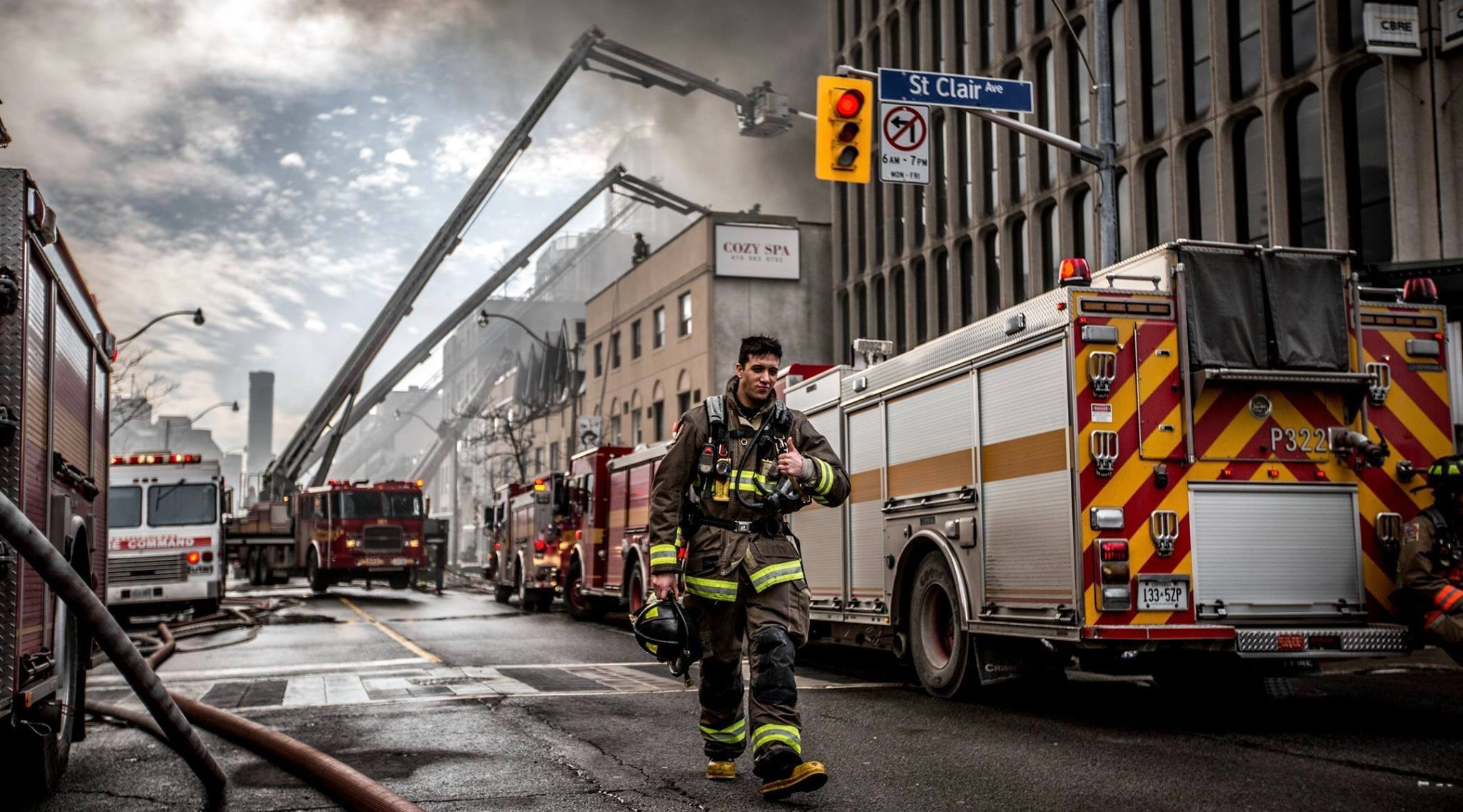 Toronto Fire Fighters release behind the scenes images from 6-alarm fire (PHOTOS)