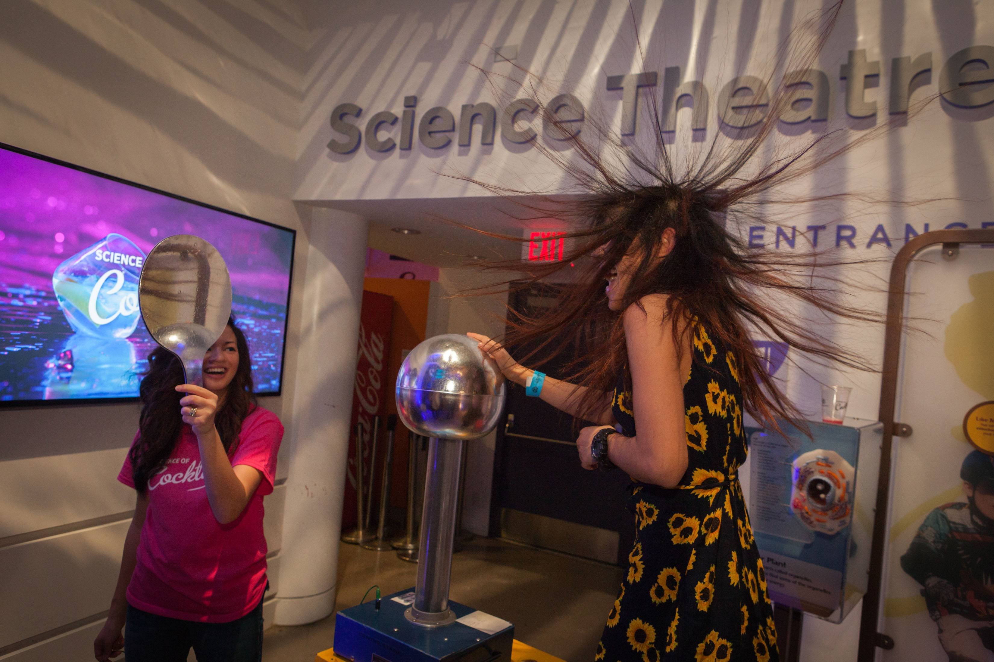 Fun and games with static at Science of Cocktails (Picture Listen Photography)