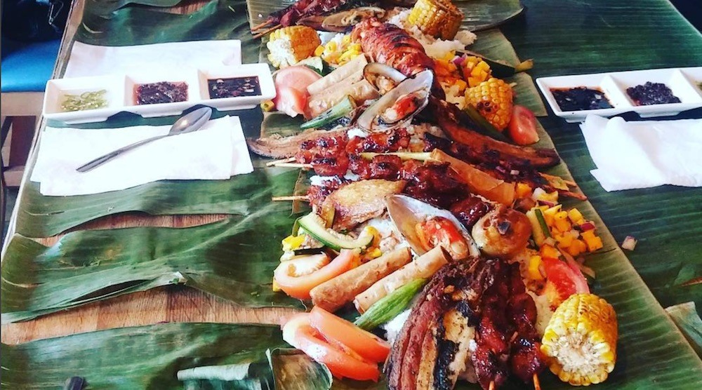 Boodle fight grandt kitchen