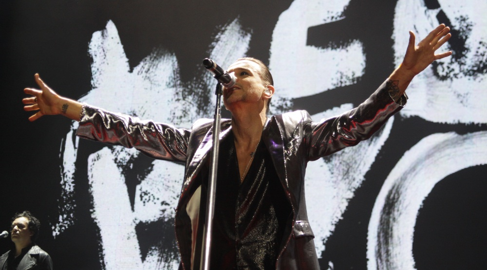 Depeche Mode Toronto 2017 concert at Air Canada Centre