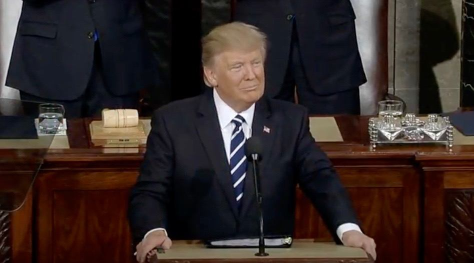 Justin Trudeau gets surprise shout-out from Trump in speech to Congress (VIDEO)