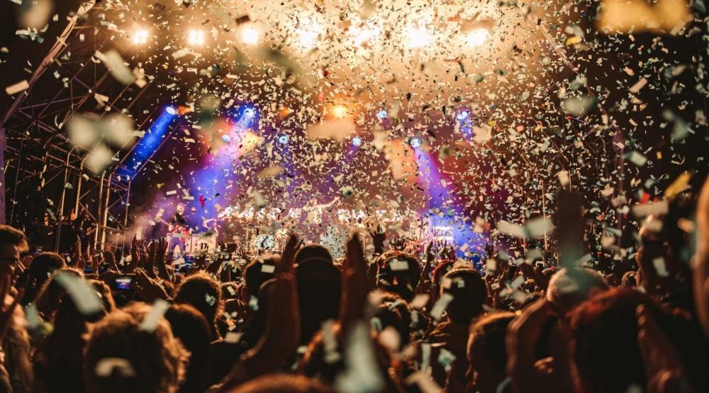 Weezer to headline Jamie Oliver's Big Feastival in Ontario this summer