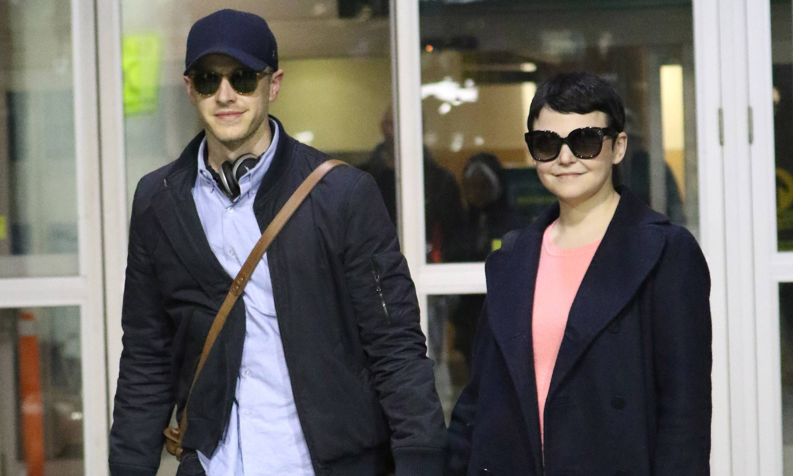 Josh Dallas and Ginnifer Goodwin arrive in Vancouver (Photos)