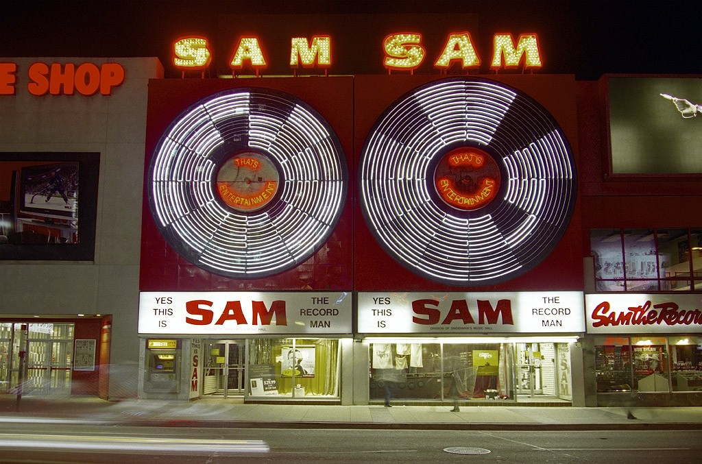 Sam the Record Man's iconic sign is returning to downtown Toronto