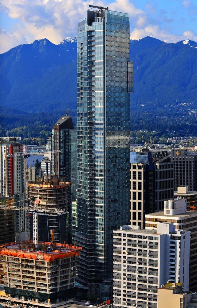 Living Shangri-La skyscraper in Vancouver (Klazu/Wikimedia Commons)