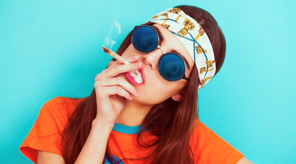 Pot users better educated and more social than non smokers: study