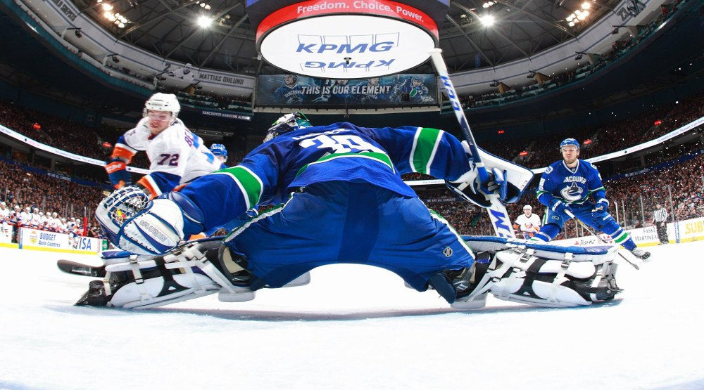 SixPack: Late game heroics from Stecher not enough for Canucks to beat Islanders