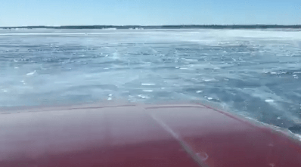 Scary footage shows truck falling into frozen Lake Winnipeg (VIDEO)