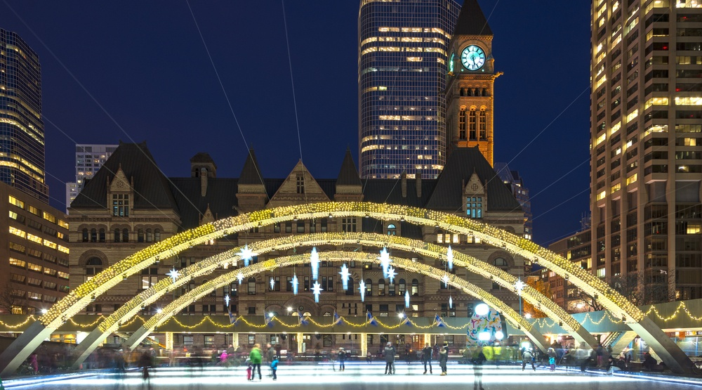 Toronto nathan phillips square ice rink