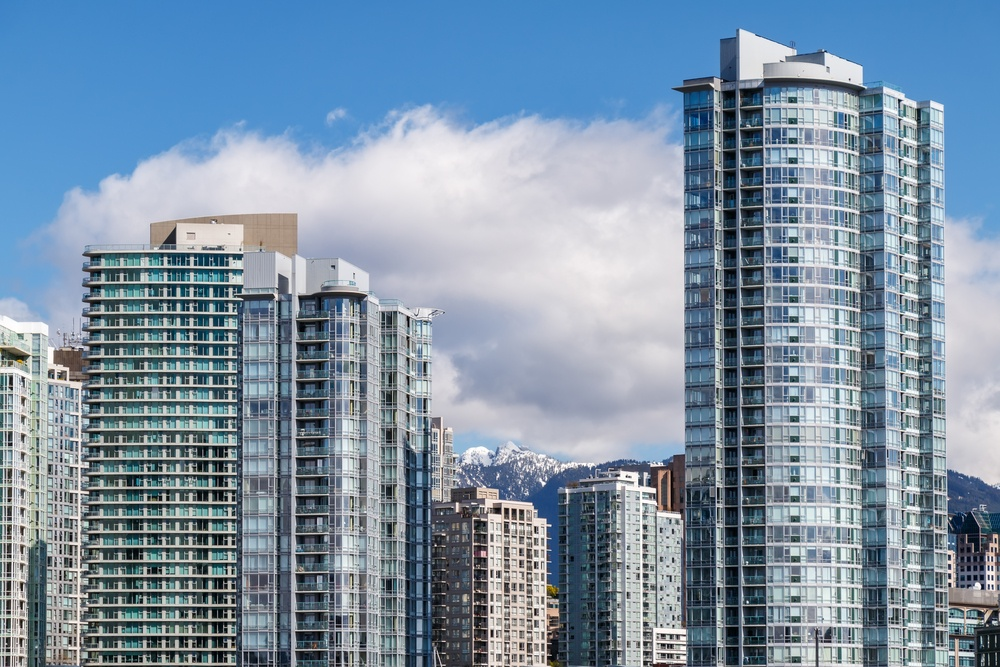 How much it costs to rent an apartment in Canada's most expensive cities right now