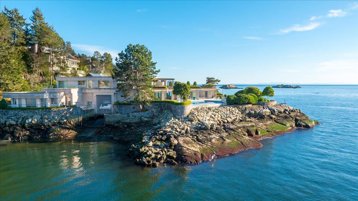 5365 Seaside Place, West Vancouver (Michael Hasman)