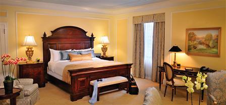 Fairmont Hotel Vancouver Royal Suite (Image: Fairmont.com)