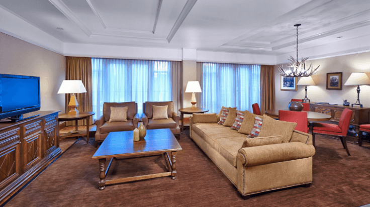 Screenshot of the Hyatt Regency Hotel's Royal Suite (calgary.regency.hyatt.com)