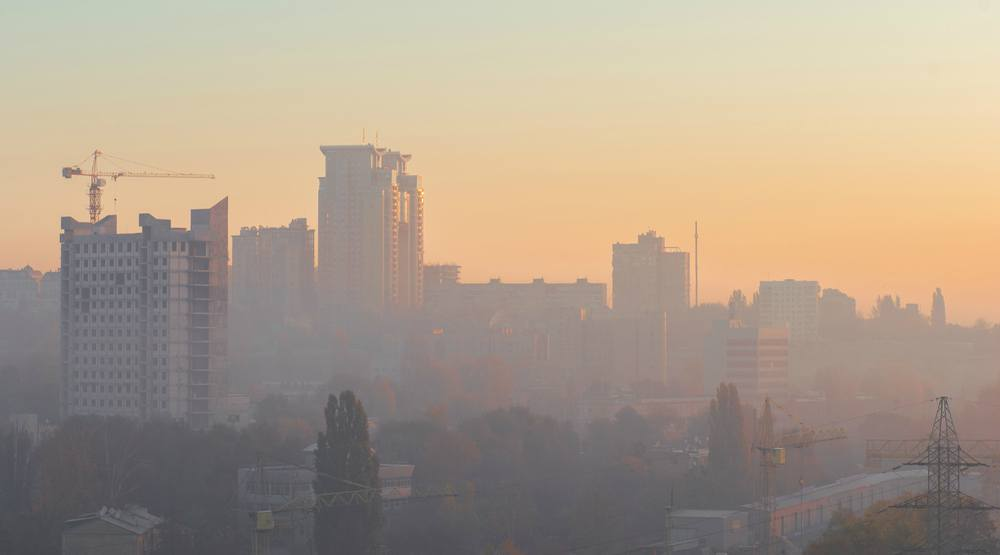 There is a smog warning in effect for Montreal today   Curated