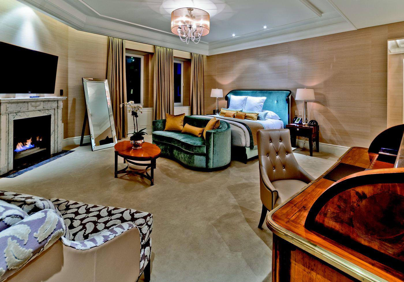 The bedroom at the Ritz Carlton Royal Suite (ritzcarlton)