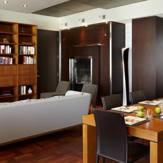 Le Germain Apartment Suite living room (legermainhotels.com)