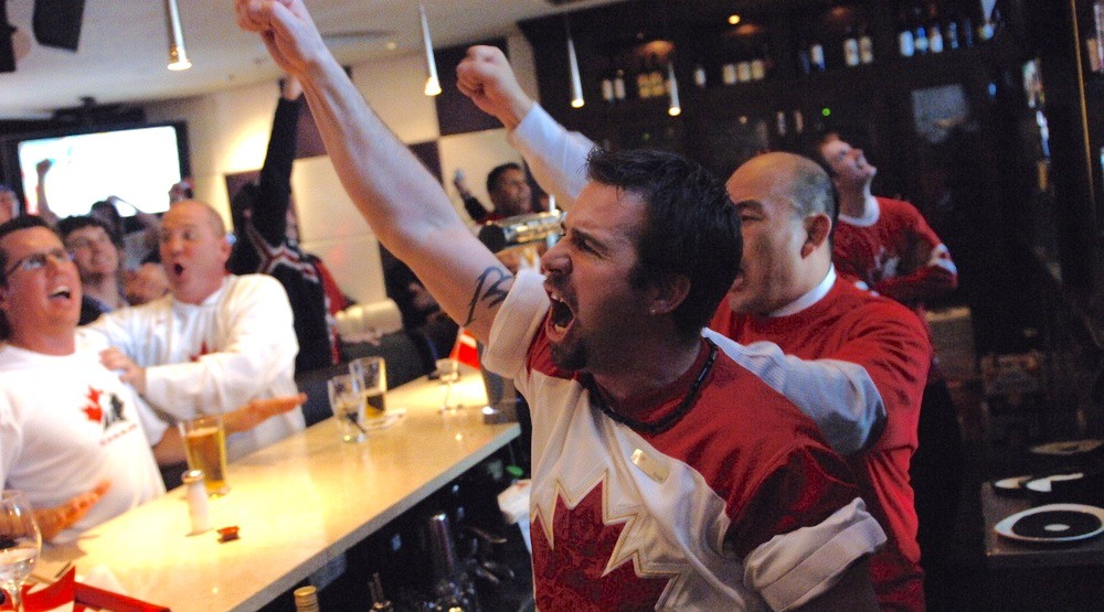 Canada hockey bar 1