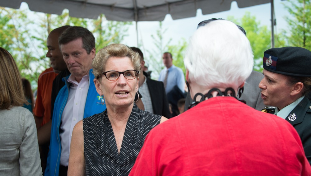 Kathleen Wynne's performance approval drops to all-time low, again