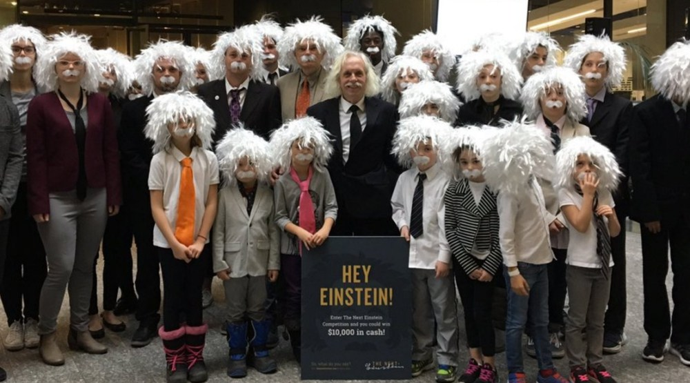 Einstein look-alikes gather in Toronto for Guinness World Record attempt (PHOTOS)