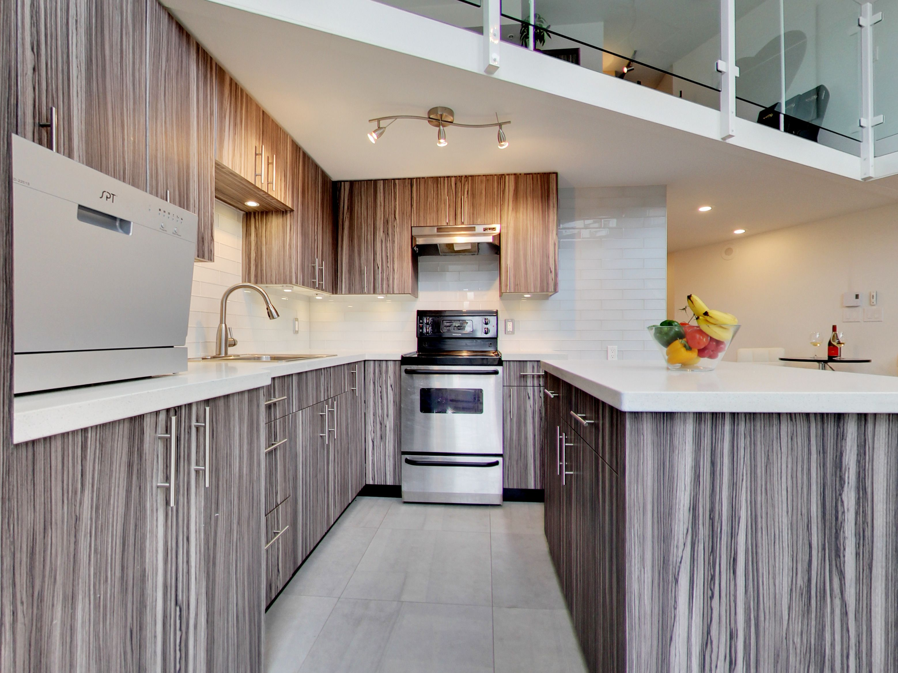 The kitchen offers a lot of counter space (Jamie henry)