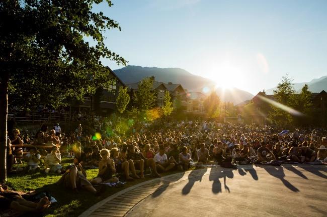 People at outdoor concertjusta jeskova