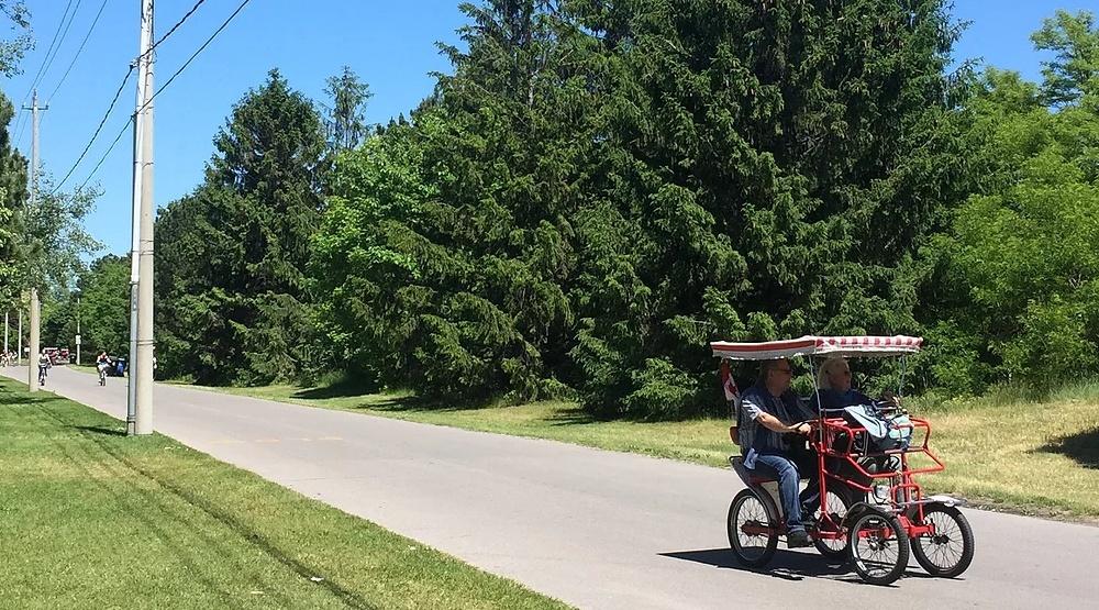 Toronto isalnd bicycles
