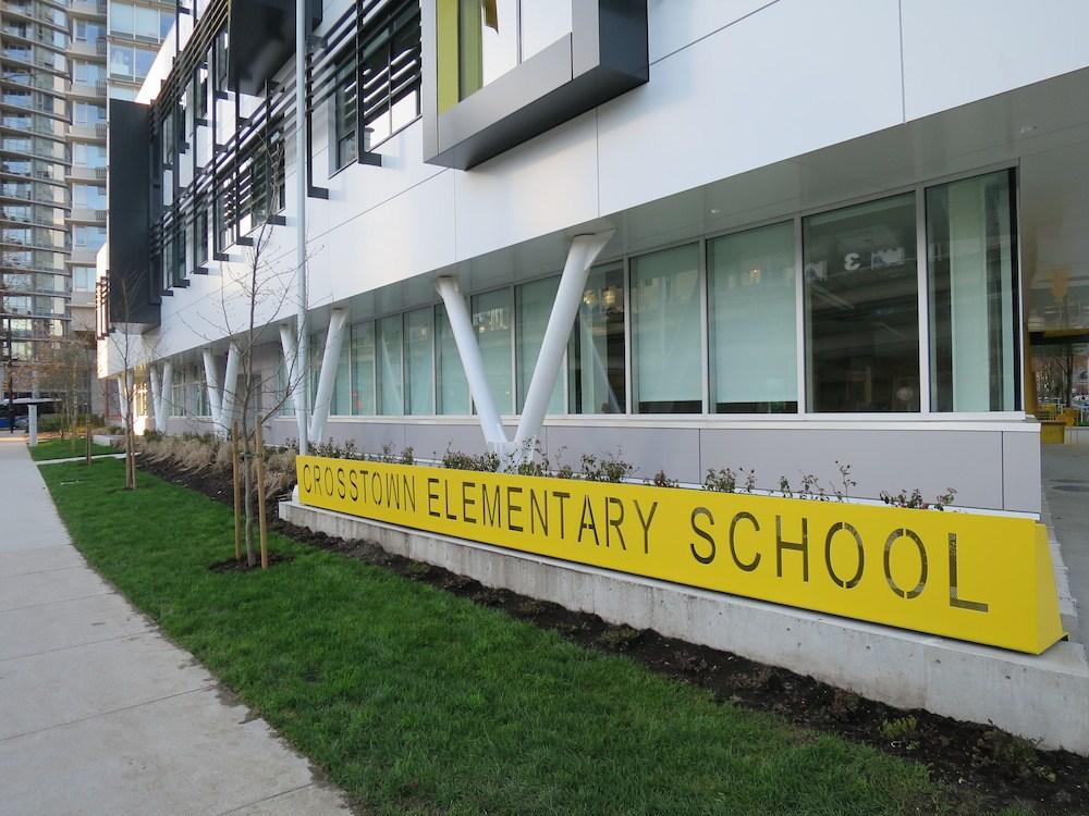 New 19 7 million elementary school opens in downtown for Exterior design school