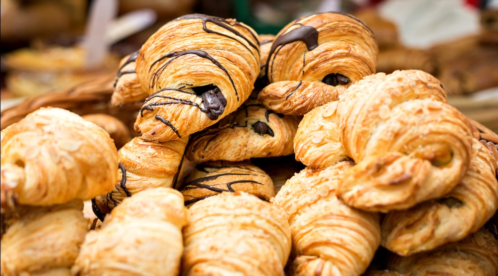 15 bakeries selling $1 croissants during Montreal's Croissant Festival