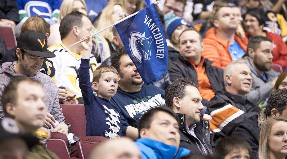 Rogers arena canucks fans