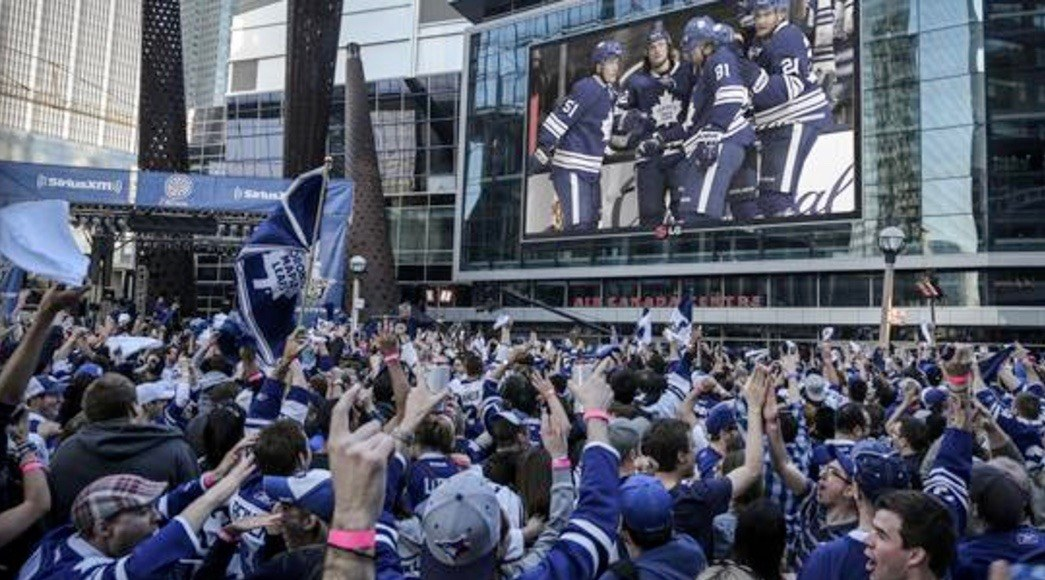 John Tory proclaims tomorrow 'Blue and White Day' in Toronto to support the Maple Leafs