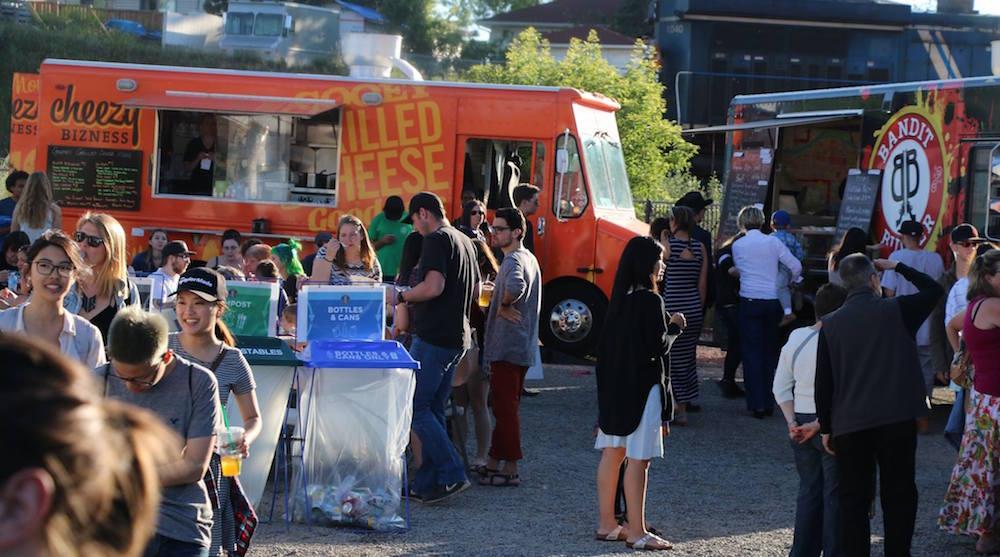 Inglewood night market trucks