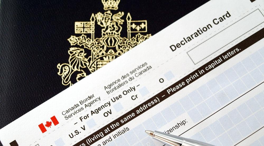 Canada customs declaration card