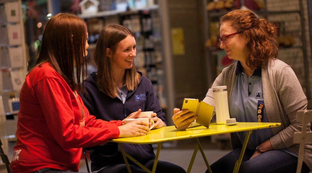 Volunteer with Girl Guides of Canada and advance your professional opportunities