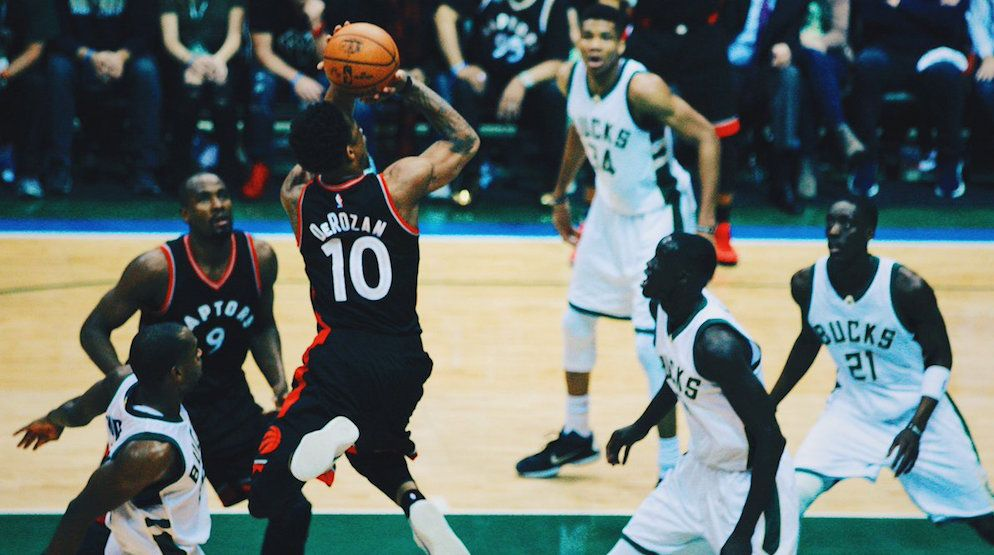 Derozan raptors bucks