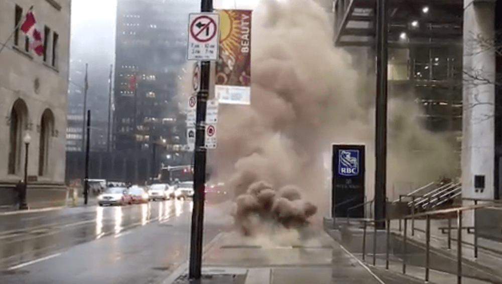 Hydro vault responsible for explosion at Yonge and King in Toronto