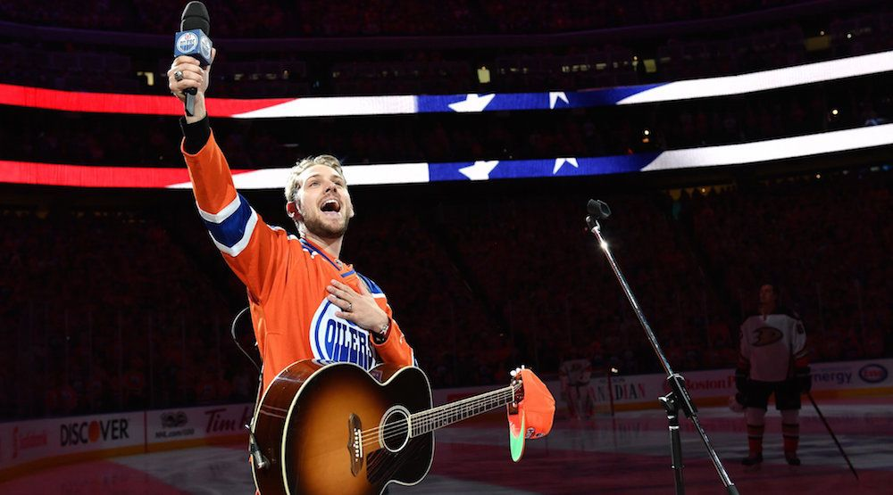Ducks owners applaud Canadian hockey fans for singing American national anthem in Edmonton