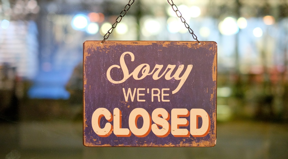 Closed sign window