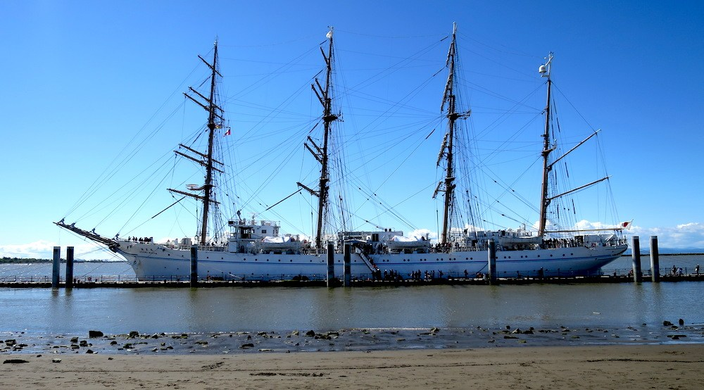 19 photos of the Japanese Navy's giant Kaiwo Maru tall ship in Richmond