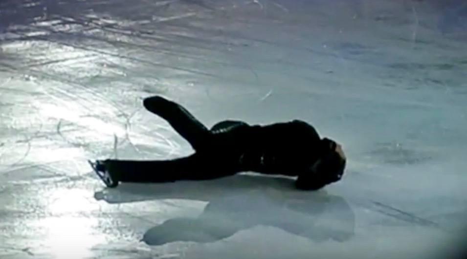 Figure skating legend Elvis Stojko suffers head injury after fall (VIDEO)